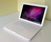 Продам Apple MacBook MC516RS/A