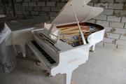 Продам белый рояль