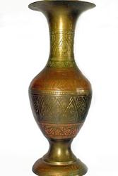 Продам бронзовую вазу пр-во Индии,  1970-80г,  высота 26 см