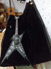 Dean Razorback DB Biomechanical за 300 баксов
