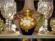 Продам три декоративные вазочки богемского стекла,  смальта,  позолота.