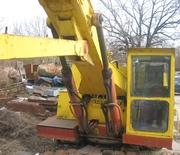 Продаем гусеничный экскаватор  КОВРОВЕЦ ЭО-4121,  1, 0 м3,  1989 г.в.