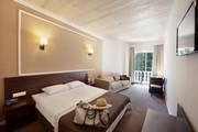Продам гостиницу в Одессе 640 м кв,  22 номера,  рядом море