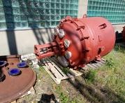 Продам реактор 1.6м3 синяя эмаль