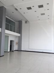 Сдам в аренду автосалон в Одессе 420 м кв,  зал 340 м,  Н - 5 м
